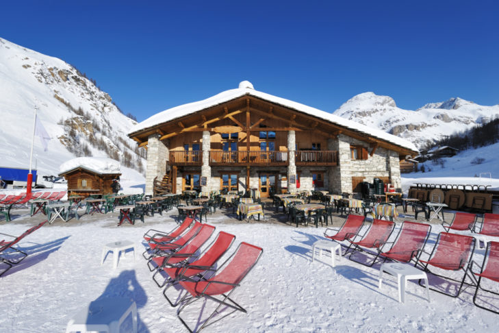 Some huts in the ski area have gorgeous sun terraces.