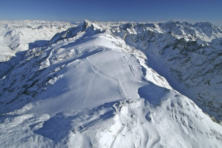 Incredible panorama, expansive pistes – welcome to the glacier ski area of Les 2 Alpes.