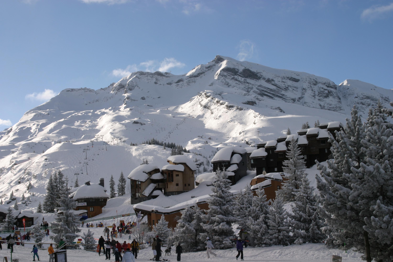 Avoriaz Ski Area – Skiing, ski area map & après ski