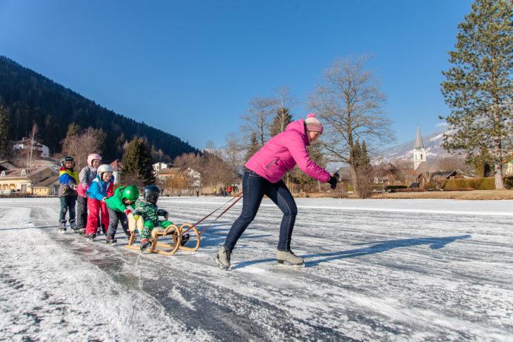 Ice skating in the Bad Kleinkirchheim/St. Oswald ski area.
