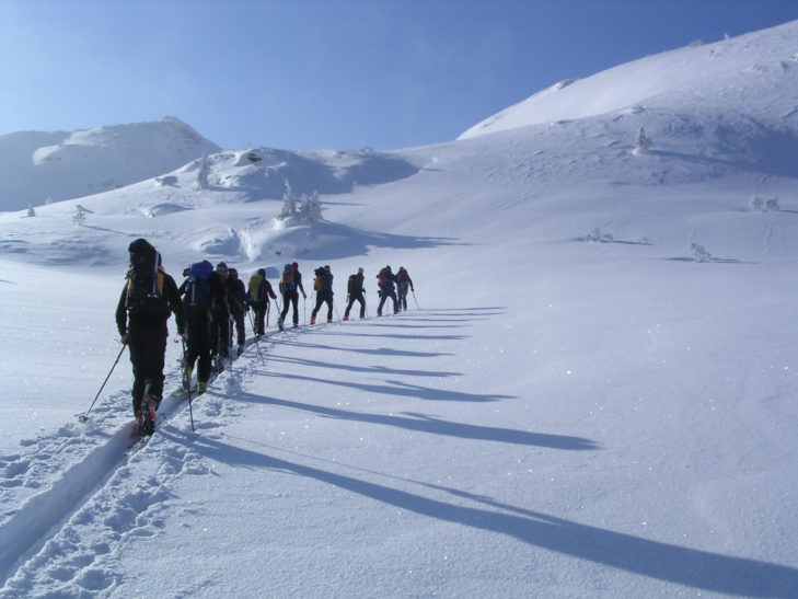 Ski and snowshoe tours make for a varied holiday.