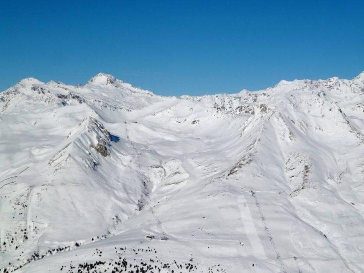 Extensive pistes guarantee pure snow fun in the Adamello ski area.