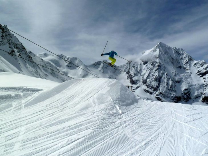 The snow park in Sulden attracts many freeriders.