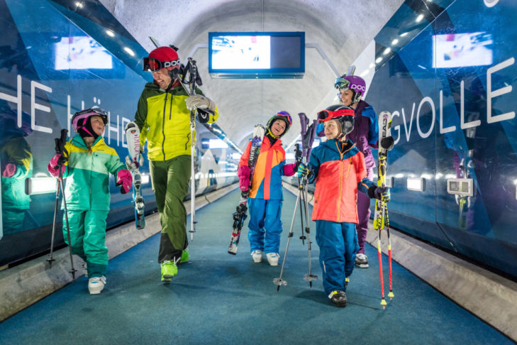 In Zermatt, there are great offers for ski holidays with children.