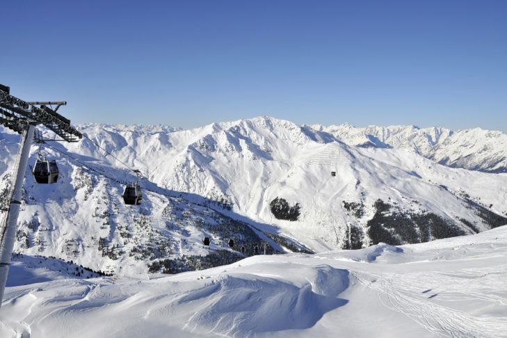 Ski holidays in Fügen promise great views over the peaks of Zillertal.