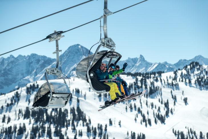 Ski holidays in spring or Easter usually promise plenty of sunshine.