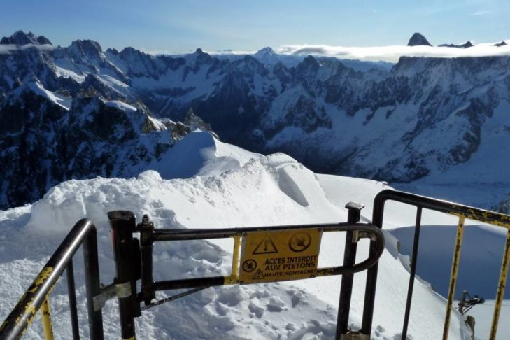 When entering the Vallée Blanche, you'll need strong nerves!