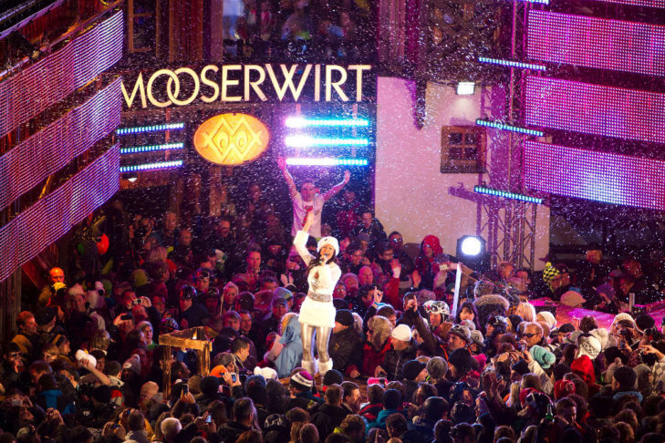 At the Mooserwirt in St. Anton, all après ski fans will get their money's worth.
