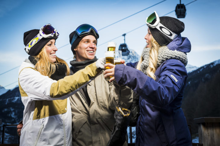 The truth: Après ski party only AFTER skiing!