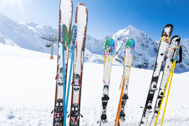 Short, long, wide, narrow? There are many different ski models.